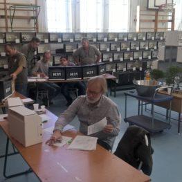 Alak és színkanári bírók Ausztriából